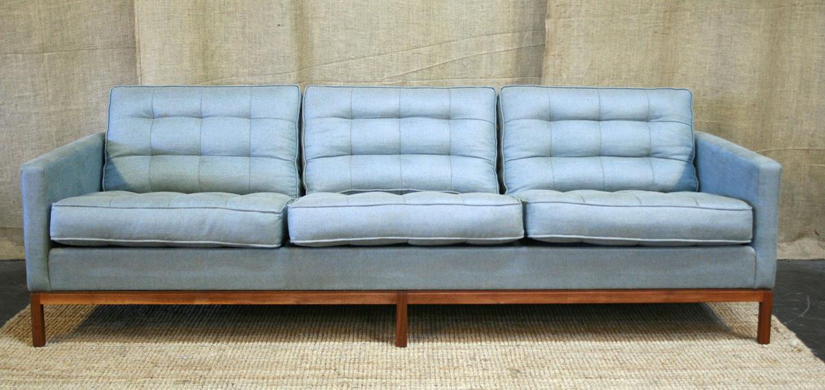 Attirant Vintage Furniture Guru